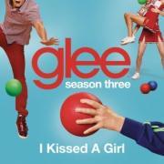 "Download nhạc hot Glee S03E07 ""I Kissed A Girl"" mới"