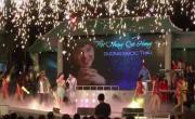 Tải video nhạc Hoàng Tử Trong Mơ (Remix) (Liveshow Một Thoáng Quê Hương 4) mới nhất